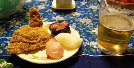 モスチキンとお寿司とビール